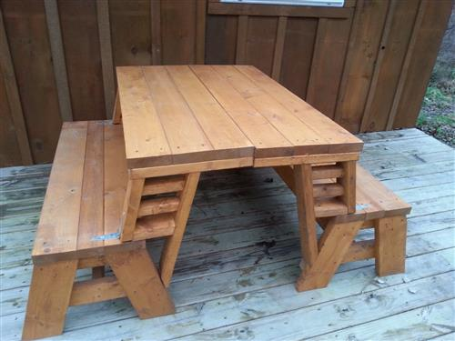 Building Trades II Picnic Table